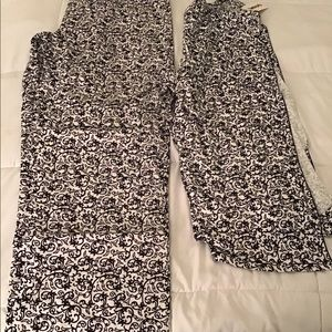 Other - NWT Black and white pajama set